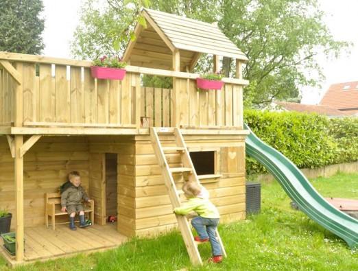 Speeltoestel Balkon groot speelhuis met achterwand