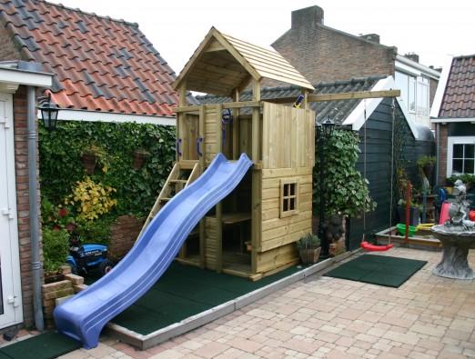 Speeltoestel 150 - rondzit speelhuis